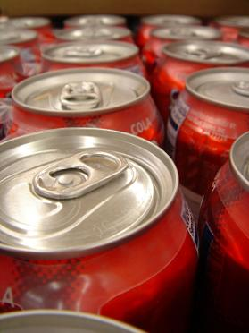 Several cans of soda that cause teeth erosion!